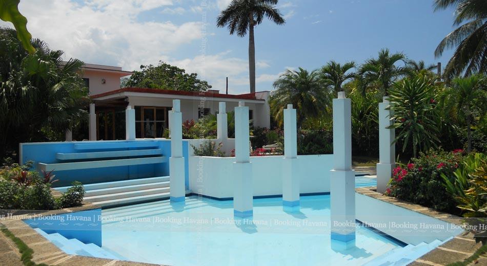 Villa Lupe