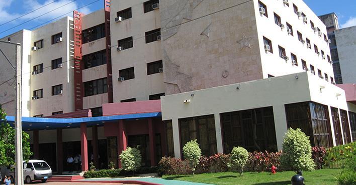 Fachada hotel bella habana