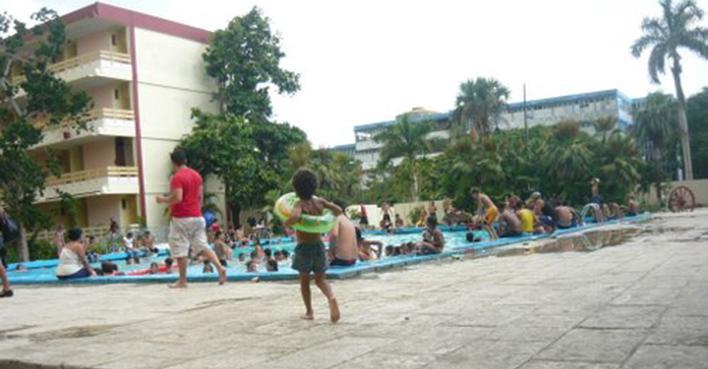piscina hotel pinar del rio